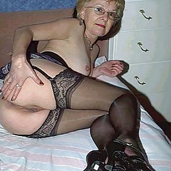 Hot grannies in stockings